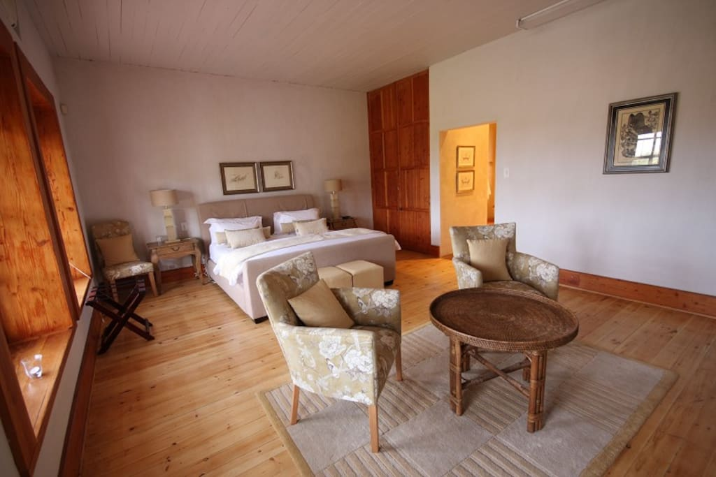 Manor.Graciously restored with 3 en-suite bedrooms.