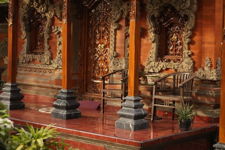 A Balinese Design Private Room - Kuta - Hus