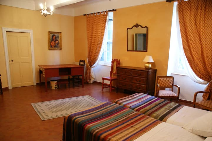 Guest room in Provence Peuplier