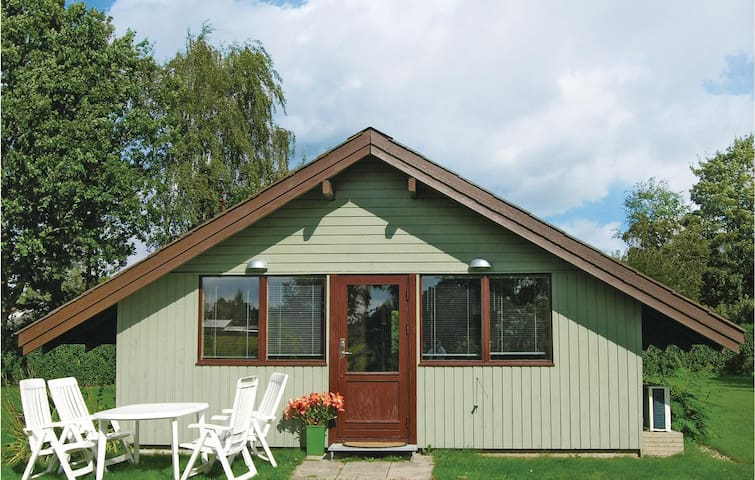 Holiday cottage with 2 bedrooms on 55m² in Kirke Hyllinge