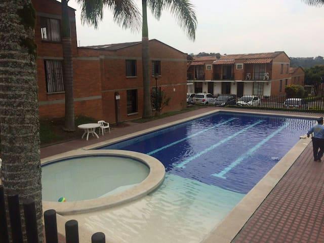 Habitación en Pereira - Pereira - Hus