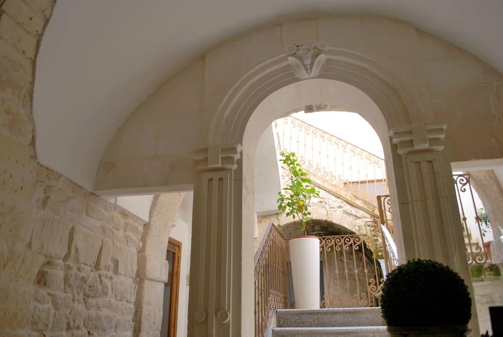 Ingresso Palazzo Beau