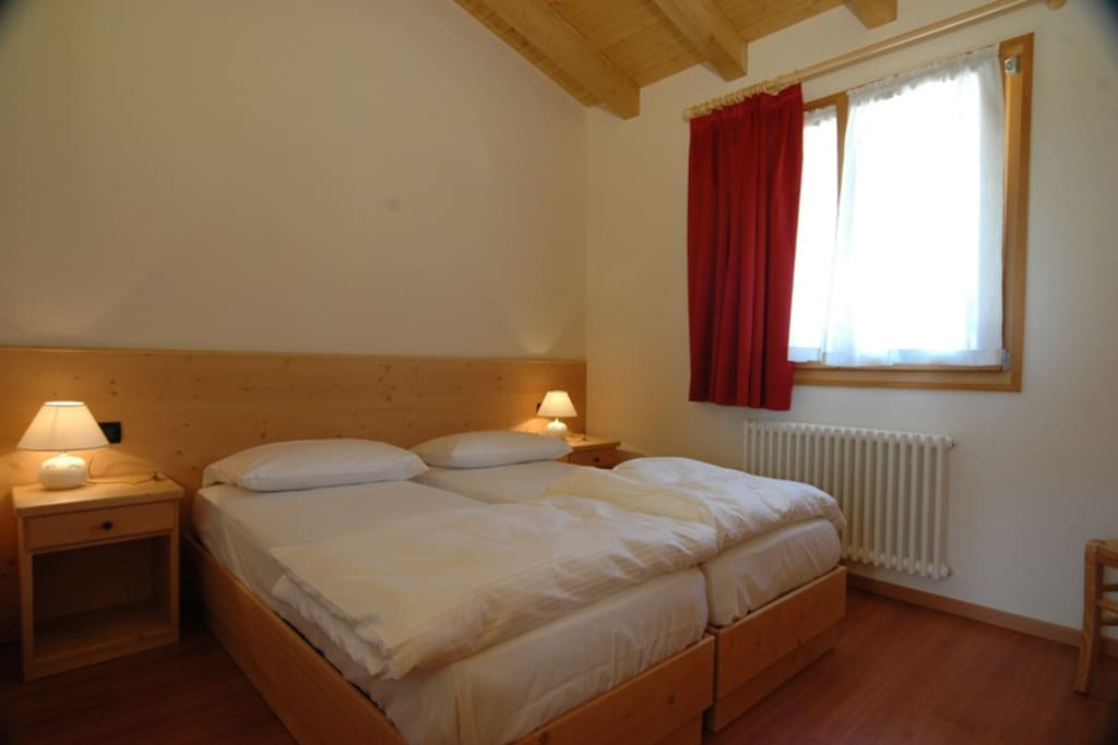 Dolomiti Wellness Resort - Bungalow Chalets - doublebed room - matrimoniale