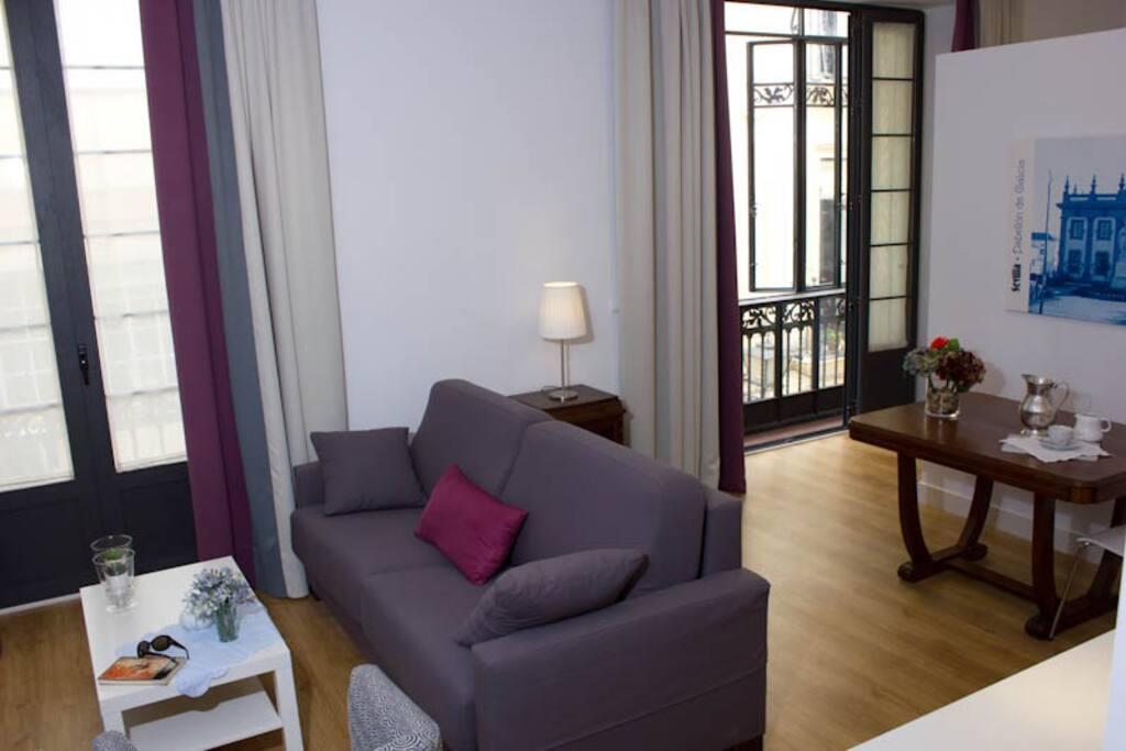 Apartamento 1 dormitorio con dos balcones