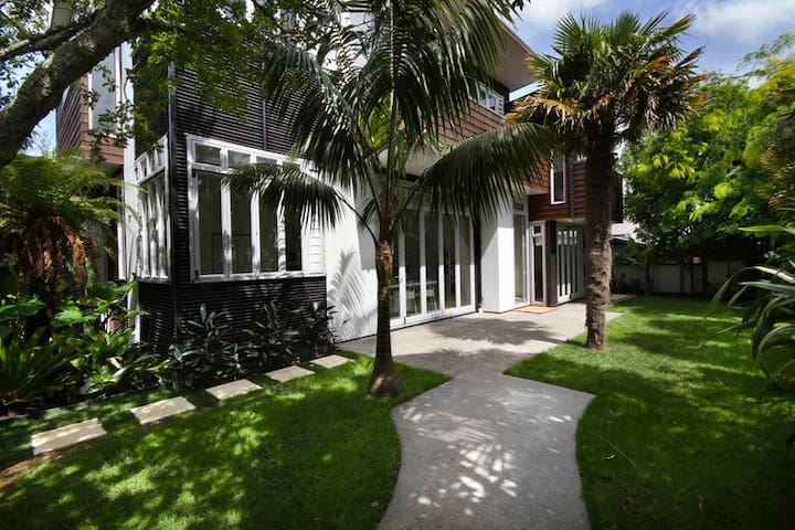 Studio style Retreat 10min to CBD - Auckland - Talo