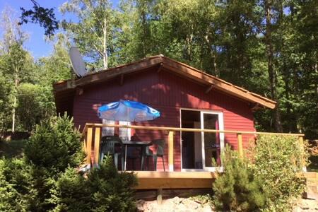 chalet tout confort sur camping 3* avec piscine