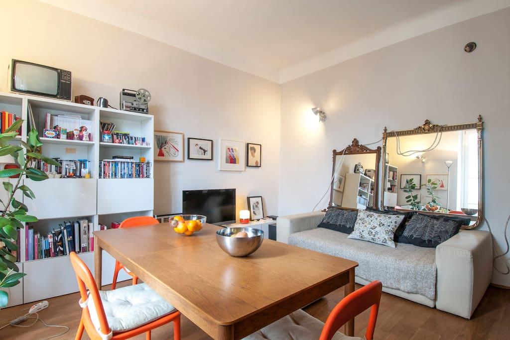 living room (soggiorno con cucina)