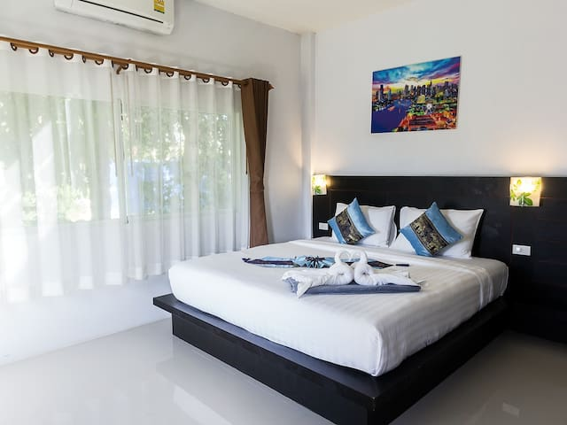 A Lapaya Grand 3 Roomed Villa AX64