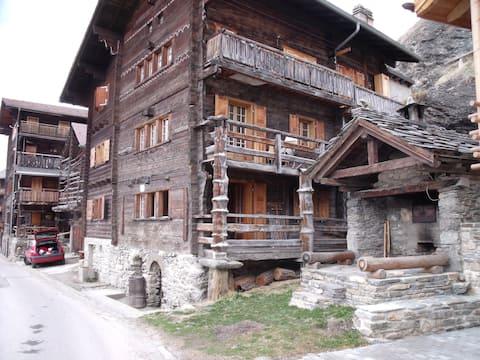 Appartement cosy, Val d'Hérens-Eison, 1650m, VS