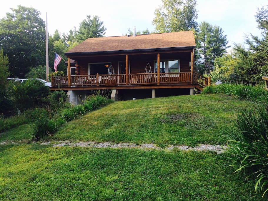 Log cabin with view of mt sunapee cottages for rent in for New hampshire log cabins