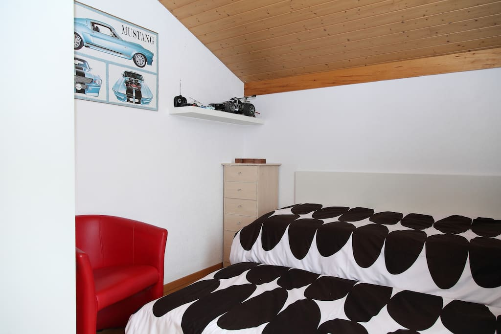 Bedroom on the 1st floor that can accommodate up to 2 persons