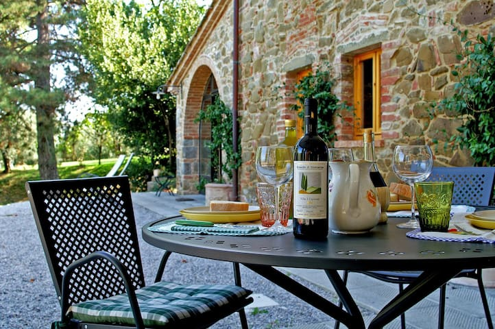 Typical Tuscan Restored Old Barn - Monte San Savino - Appartement
