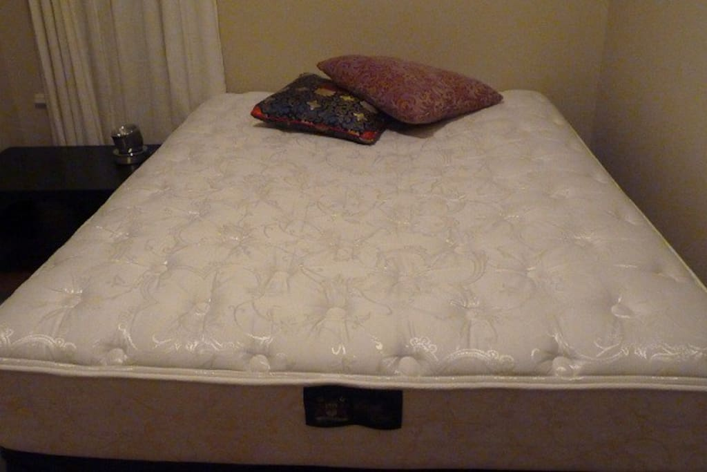 High Quality ~ Extremely Plush ~ Queen-sized mattress!! You'll sleep like a baby after a day of bouncing around NYC.