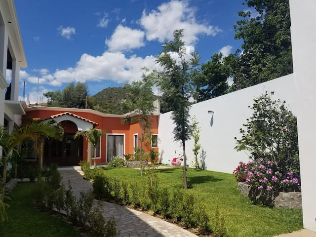 Renta de casa en San Jerónimo Tlacochahuaya