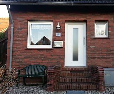 Utkiek - Deich-Ferien-Haus, Nordsee - Dornum - Huis