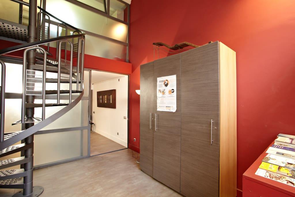 Loft barcelona ii example derecho lofts for rent in - Location loft barcelone ...