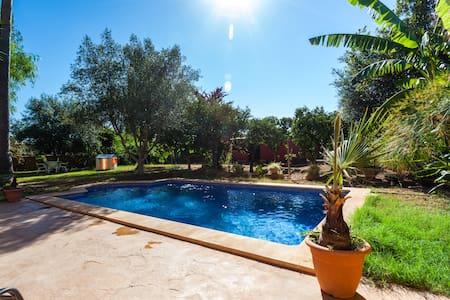Villa 10' to Palma. Saltwater Pool. License1327/16 - Marratxí