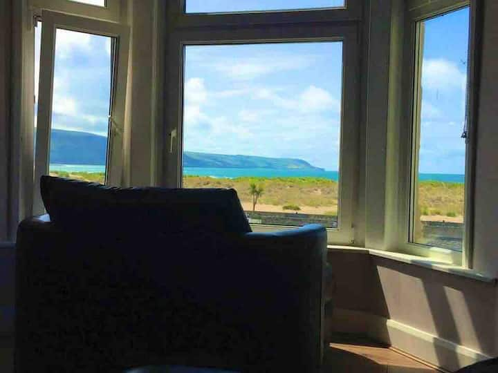 Barmouth Sea View Apartment. Snowdonia National PK