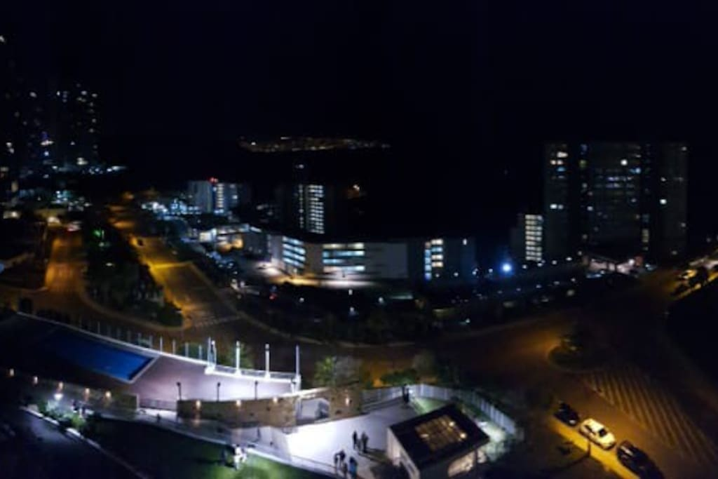 Vista Real Nocturna