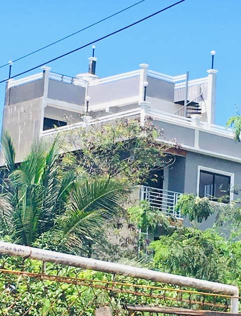 1 bedroom whole unit in a 5-Storey Building Mabini