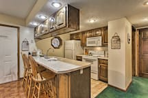 The kitchen comes fully equipped for all of your home-cooking needs!