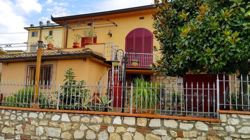 Villetta con giardino nel cuore della Toscana 3 - Foiano della Chiana - House
