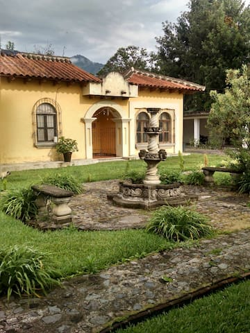Private Room in Antigua!!! - Antigua Guatemala - Apartamento