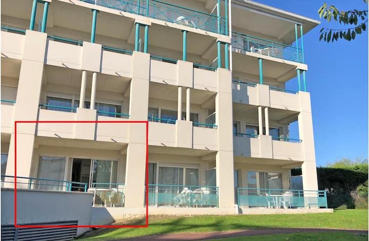 Studio 4p idéalement placé, résidence avec piscine