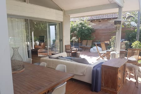 Private Luxury Double Room Manly Northern Beaches
