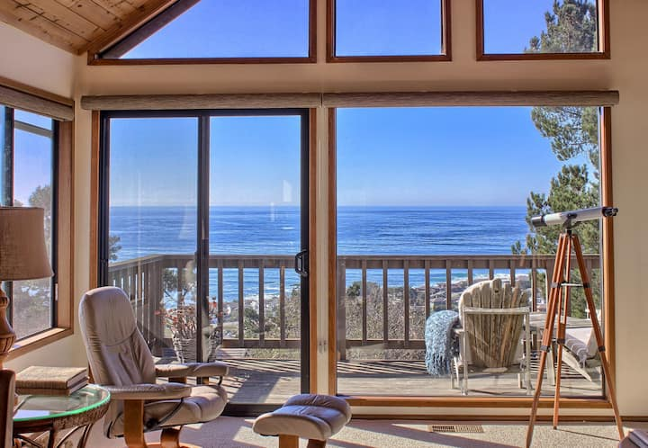 Month Long - The Holiday in Cambria, CA