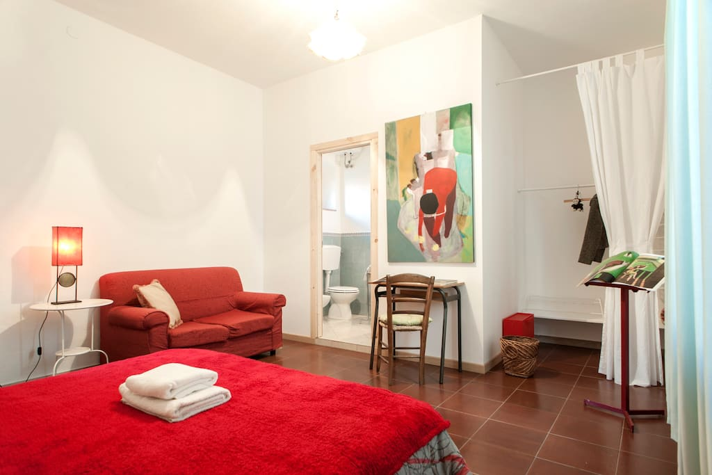 Camera con bagno privato in stanza case in affitto a livorno toscana italia - Stanza con bagno privato roma ...