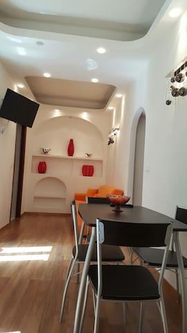 Appartamento nel centro storico - Terracina - Apartemen
