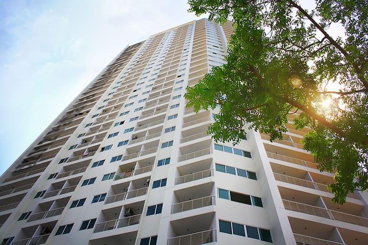 Studio AD Hyatt Condo Wongmat ID280 - Bang Lamung - Apartment