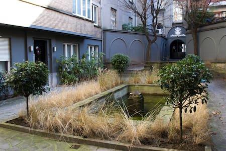 Little Prince's Romantic Condo - Bruxelles - Departamento