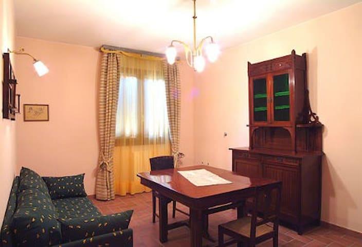 UNO - Castelfranco Emilia - Lägenhet
