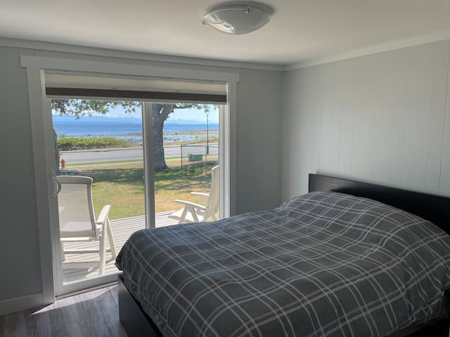 Master bedroom with view (and queen bed)