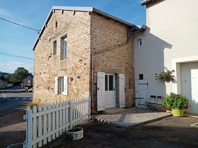 Jolie petite maison a proximité de Langres