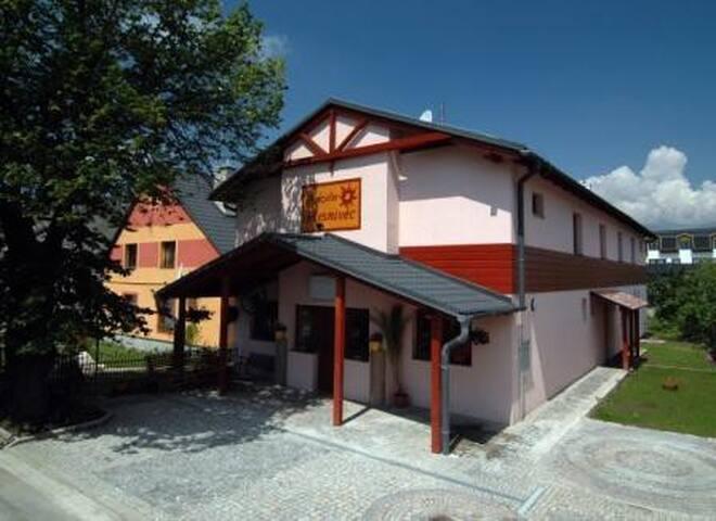 Penzion Plesnivec - Poprad - Bed & Breakfast