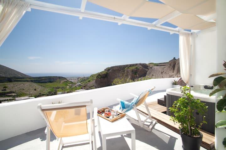 Amazing Vineyard View Luxury Villa with  juccuzi!