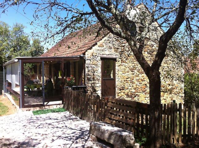 maison sans vis à vis - Saint-Martial-de-Nabirat - Casa