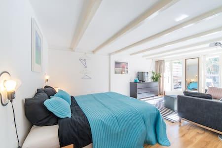 Cozy Apartment In Museum District