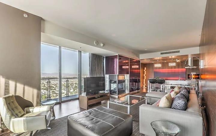 Palms Place Corner Suite Strip Views No Resort Fee