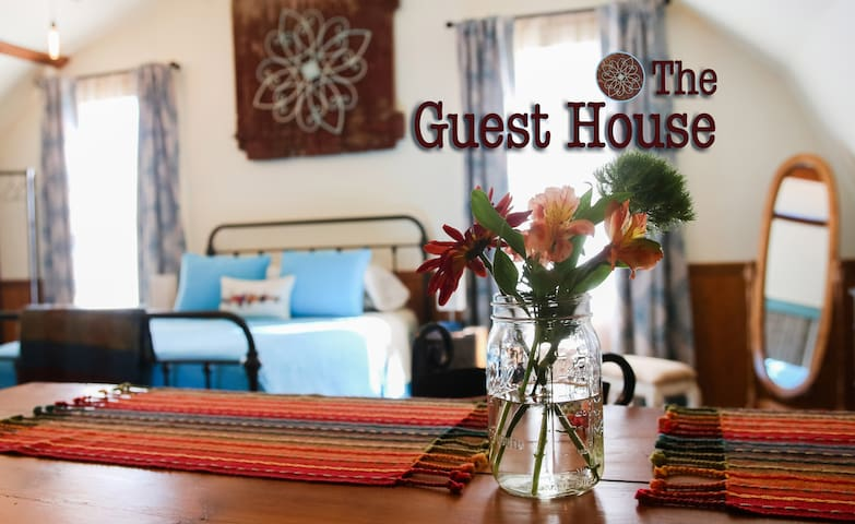 The Guest House - Private and All Yours
