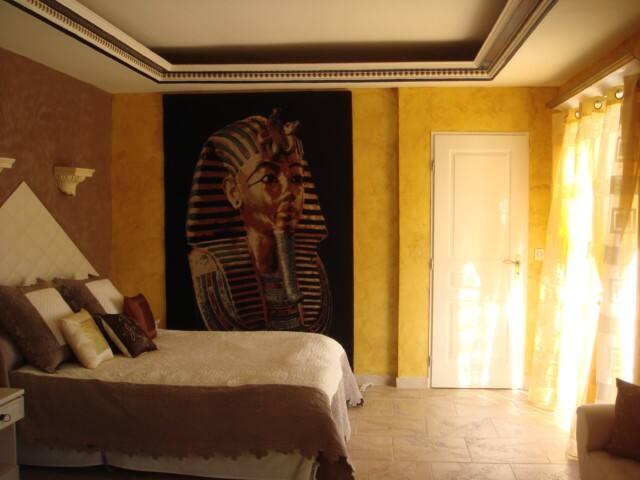 Les chambres du soleil pharaon