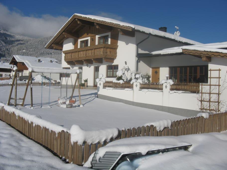 Winter Haus Holzknecht in Längenfeld