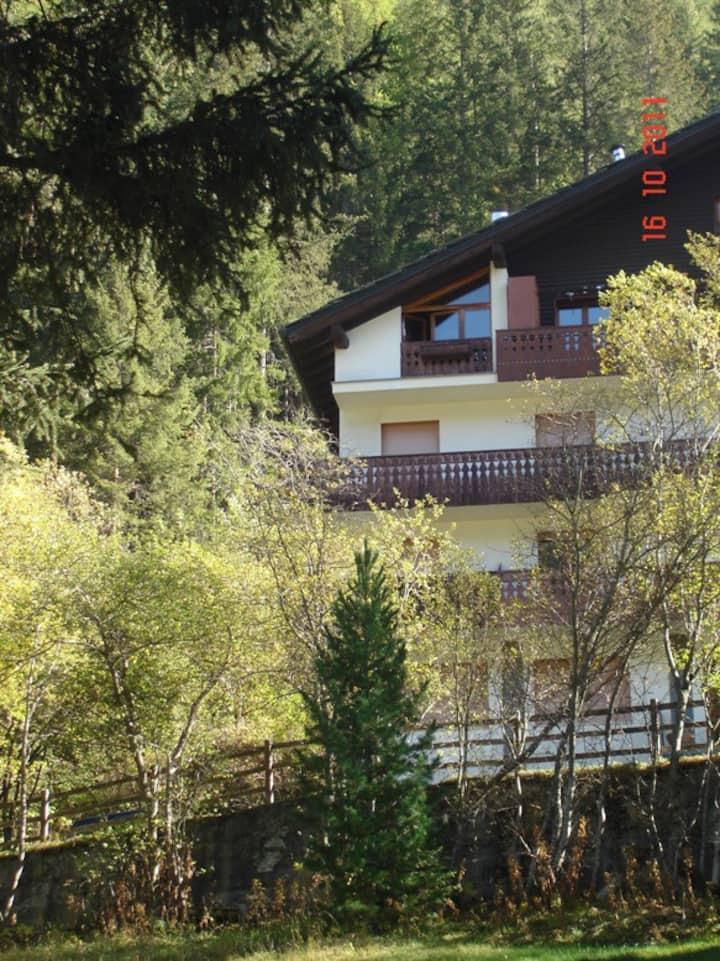 Apartment in Champoluc MonterosaSki