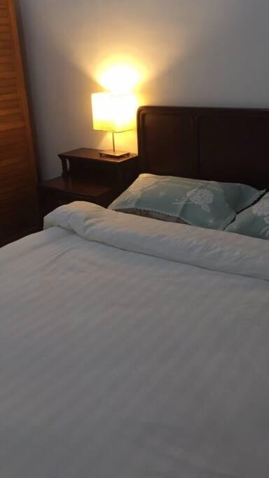 紅木家具,知名品牌床墊,純棉床上用品
