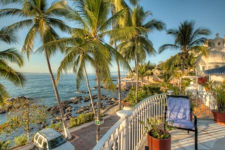 3Bedroom Private Pool Seaside Condo - Puerto Vallarta
