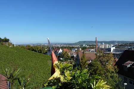 Downtown - Flair + View + Vineyards - Stuttgart