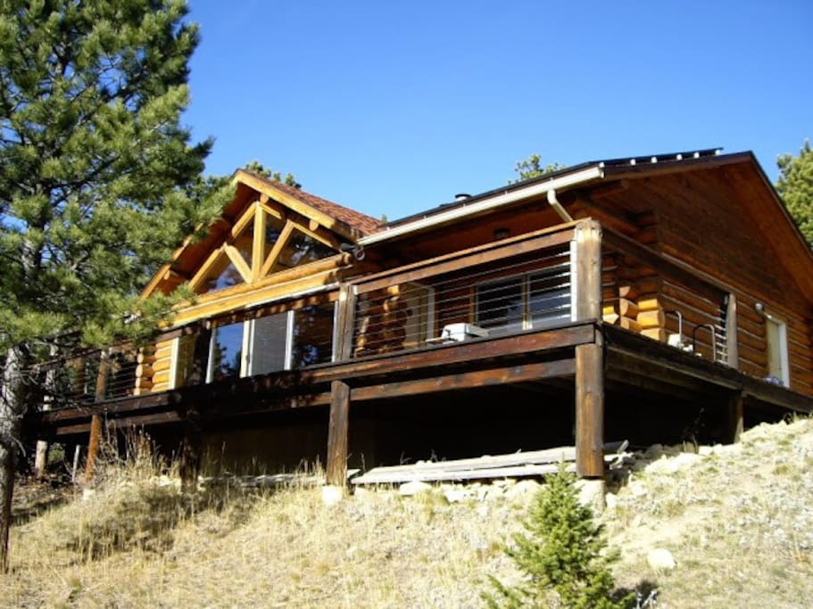 Private, secluded cabin